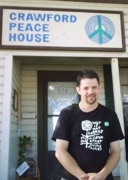 Bill at Crawford Peace House, August 2006.  Photo by Serena Blaiz